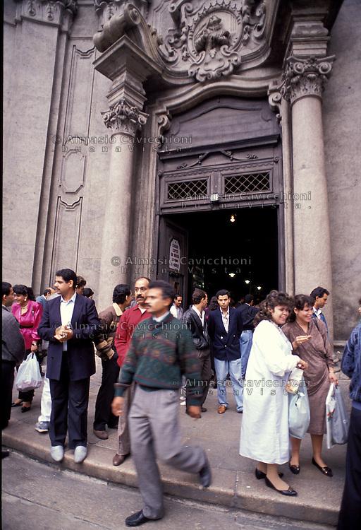 Milano - Chiesa copta egiziana, funzione.Milan - Egyptian coptic church, service.
