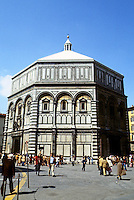 Florence: Baptistry. A 7th century building re-roofed and clad in marble, 11th & 12th century. Romanesque style. Photo '83.