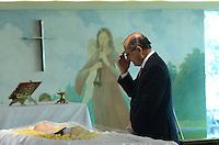 ATENÇÃO EDITOR: FOTO EMBARGADA PARA VEÍCULOS INTERNACIONAIS. - SANTO ANDRE, SP, 29 de Novembro 2012 (VELORIO DE JOELMIR BETING) Governador Geraldo AlckminJoelmir durante velorio.(FOTO: ADRIANO LIMA / BRAZIL PHOTO PRESS).