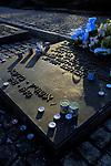 Plyty upamietniajace przy pomniku ku czci ofiar KL Auschwitz odsłonietym w 1967<br /> Commemoratory plates at monument to honour of sacrifices KL Auschwitz, Poland