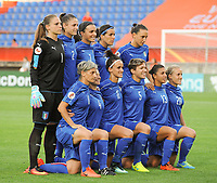 20170721 - TILBURG , NETHERLANDS : Italian team  pictured during the female soccer game between Germany and Italy  , the second game in group B at the Women's Euro 2017 , European Championship in The Netherlands 2017 , Friday 21 th June 2017 at Stadion Koning Willem II  in Tilburg , The Netherlands PHOTO SPORTPIX.BE | DIRK VUYLSTEKE
