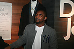 New York Giants' Ahmad Bradshaw Attends A Fabolous Way Foundation's 1st Annual 3 Kings Coat Drive wraps-up Press Conference and Autograph Signing In Conjunction With Dr. Jays, NY Cares, and Hot 97 Held at Dr. Jays 34th Street Store, NY  12/1/11
