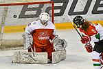 03.01.2020, BLZ Arena, Füssen / Fuessen, GER, IIHF Ice Hockey U18 Women's World Championship DIV I Group A, <br /> Daenemark (DEN) vs Ungarn (HUN), <br /> im Bild Emma-Sofie Nordstrom (DEN, #25), Lilla Faggyas (HUN, #3)<br /> <br /> Foto © nordphoto / Hafner