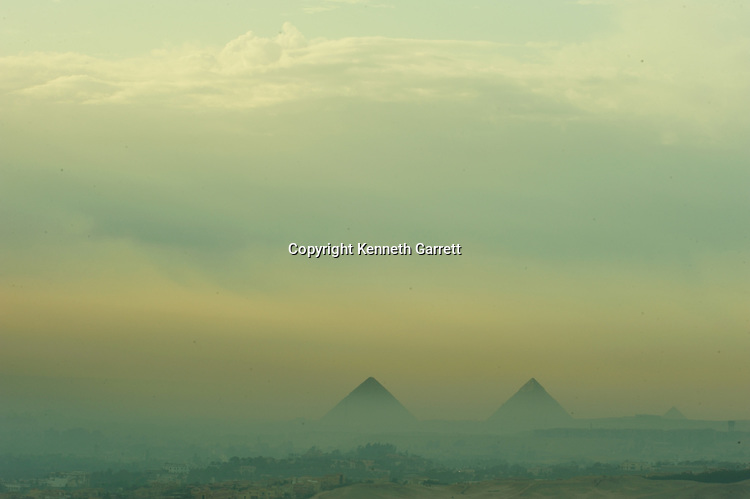 Zahi Hawass Secret Egypt Travel Guide; Egypt; archaeology; Pyramid builders; Old Kingdom; pyramid; Giza; Pyramids, Khufu, Khafre, Menkaure