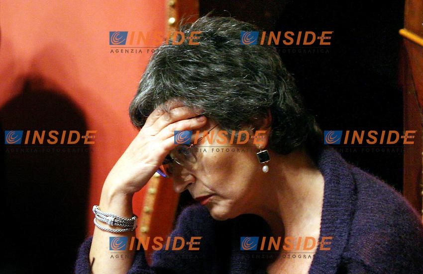 Roma 14-11-2006 Senato:Votazione sul Decreto Fiscale<br /> Nella foto la senatrice del Centro Sinistra Anna Finocchiaro<br /> Photo Serena Cremaschi Inside (www.insidefoto.com)