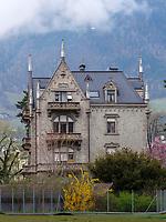 Wohnhaus in Meran-Merano, Bozen &ndash; S&uuml;dtirol, Italien<br /> Building in Meran-Merano, province Bozen-South Tyrol, Italy