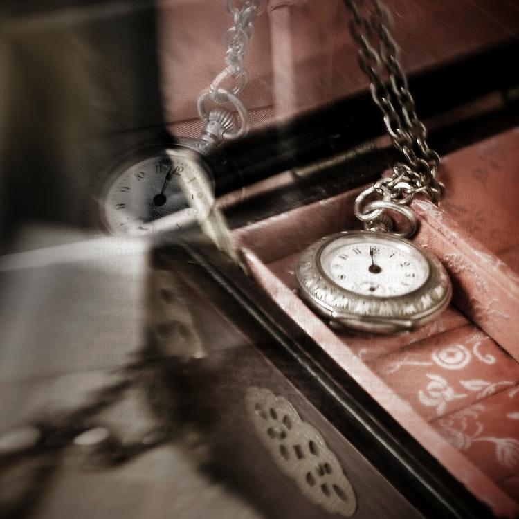 Ornamental timepiece in jewelry box