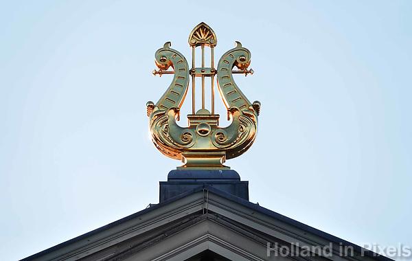 Nederland - Amsterdam - December 2018. Vergulde lier op het dak van het Concertgebouw.  Foto Berlinda van Dam / Hollandse Hoogte