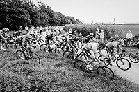 "chaos rules as the peloton hits the first gravel section<br /> <br /> Antwerp Port Epic 2018 (formerly ""Schaal Sels"")<br /> One Day Race:  Antwerp > Antwerp (207 km; of which 32km are cobbles & 30km is gravel/off-road!)"
