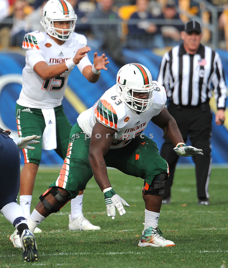 Miami Hurricanes Danny Isidora (63) during a game against the Pittsburgh Panthers on November 27, 2015 at Heinz Field in Pittsburgh, PA. Miami beat Pittsburgh 29-24.