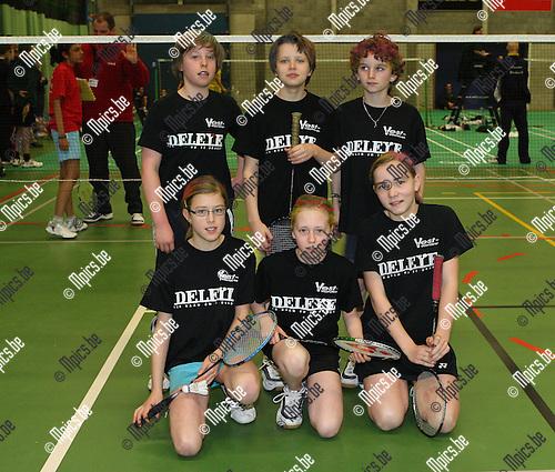 2008-02-09 / Badminton / IPJO Interprovinciale Jeugdontmoeting Tongerlo / -11 West-Vlaanderen..Foto: Maarten Straetemans (SMB)