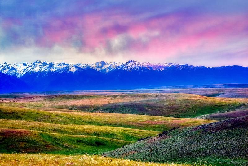 Wallowa Mountain at sunset from Zumwalt Prairie. Oregon