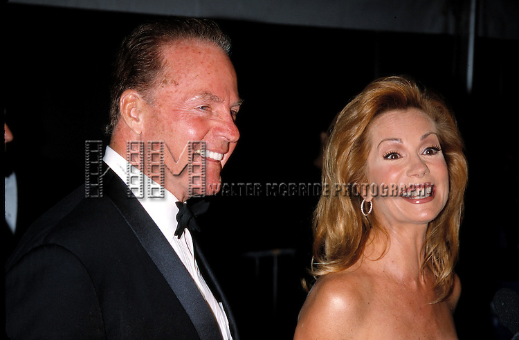 Frank Gifford & Kathie Lee Gifford attend the Daytime Emmy Awards on 5/18/2001 at Radio City Music Hall in New York City.