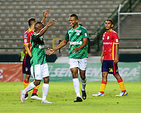 PALMIRA -COLOMBIA-23-07-2015. Harold Preciado (Der) jugador del Deportivo Cali celebra un gol anotado a Uniautonoma  durante partido válido por la fecha 3 de la Liga Aguila II 2015 jugado en el estadio Palmaseca de la ciudad de Palmira./  Harold Preciado (R) player of Deportivo Cali celebrates a goal scored to Uniautonoma during match for the third date of the Postobon League II 2013 played at Palmaseca stadium in Cali city.  Photo: VizzorImage/ Nelson Rios /Cont