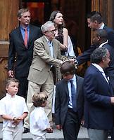 June 30, 2012  Woody Allen, Robert Kenndy Jr., Kyra Kennedy, Billy Baldwin attend the Alec Baldwin and Hilaria Thomas Wedding Day at Basilica of St. Patrick's Old Cathedral in Little Italy in New York City.Credit:© RW/MediaPunch Inc. /*NORTEPHOTO.COM*<br /> *SOLO*VENTA*EN*MEXiCO* *CREDITO*OBLIGATORIO** *No*Venta*A*Terceros* *No*Sale*So*third* ***No Se*Permite*Hacer*Archivo** *No*Sale*So*third*©Imagenes con derechos de autor,©todos reservados. El uso de las imagenes está sujeta de pago a nortephoto.com El uso no autorizado de esta imagen en cualquier materia está sujeta a una pena de tasa de 2 veces a la normal. Para más información: nortephoto@gmail.com* nortephoto.com.