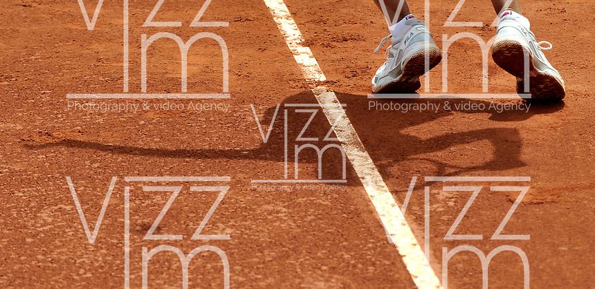 BOGOTA - COLOMBIA - 16-04-2016: Silvia Soler de España,  sirve a Paula Goncalves de Brasil, durante partido por el Claro Colsanitas WTA, que se realiza en el Club El Rancho de Bogota. / Silvia Soler of Spain, serves to Paula Goncalves of Brazil, during a match for the WTA Claro Colsanitas, which takes place at Club El Rancho de Bogota. Photo: VizzorImage / Luis Ramirez / Staff.