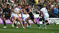 Northampton Saints's Andrew Kellaway runs between Clermont Auvergne's Damian Penaud (right) and Judicael Cancoriet (left)<br /> <br /> Photographer Stephen White/CameraSport<br /> <br /> European Rugby Challenge Cup - Northampton Saints v Clermont Auvergne - Saturday 13th October 2018 - Franklin's Gardens - Northampton<br /> <br /> World Copyright © 2018 CameraSport. All rights reserved. 43 Linden Ave. Countesthorpe. Leicester. England. LE8 5PG - Tel: +44 (0) 116 277 4147 - admin@camerasport.com - www.camerasport.com