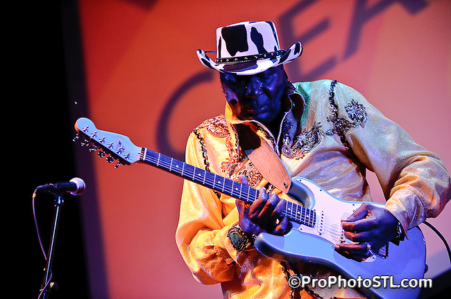 "Eddy ""The Chief"" Clearwater in concert at Voodoo Lounge of Harrah's Casino in St. Louis, MO on Sept 24, 2009."