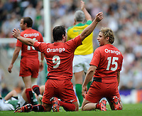 Twickenham, GREAT BRITAIN, left, Bryon KELLEHER and Cedric HEYMANS, celebrate after the final whistle in the Heineken Cup, Semi Final, Cup Rugby Match,  London Irish vs Toulouse, at the Twickenham Stadium on Sat 26.04.2008 [Photo, Peter Spurrier/Intersport-images]