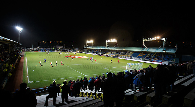 Rangers fans arrive at Cappielow
