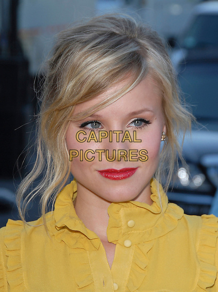 KRISTEN BELL.At The 2006 Teen Choice Awards - Arrivals, .held at The Universal Ampitheatre in Universal City, California, USA, August 20th 2006..portrait headshot yellow mustard ruffle shirt blouse red lipstick .Ref: DVS.www.capitalpictures.com.sales@capitalpictures.com.©Debbie VanStory/Capital Pictures
