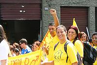 ATENÇÃO EDITOR: FOTO EMBARGADA PARA VEÍCULOS INTERNACIONAIS. SAO PAULO, 07 DE SETEMBRO DE 2012. MARCHA DOS EXCLUIDOS.Na manhã desta sexta feira aconteceu a marcha dos excluidos pela avenida Brigadeiro Luis Antonio na zona sul da capital paulista.FOTO ADRIANA SPACA / BRAZIL PHOTO PRESS
