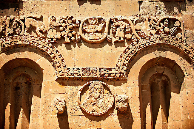Bas Releif sculptures with scenes from the Bible on the outside of the 10th century Armenian Orthodox Cathedral of the Holy Cross on Akdamar Island, Lake Van Turkey 33