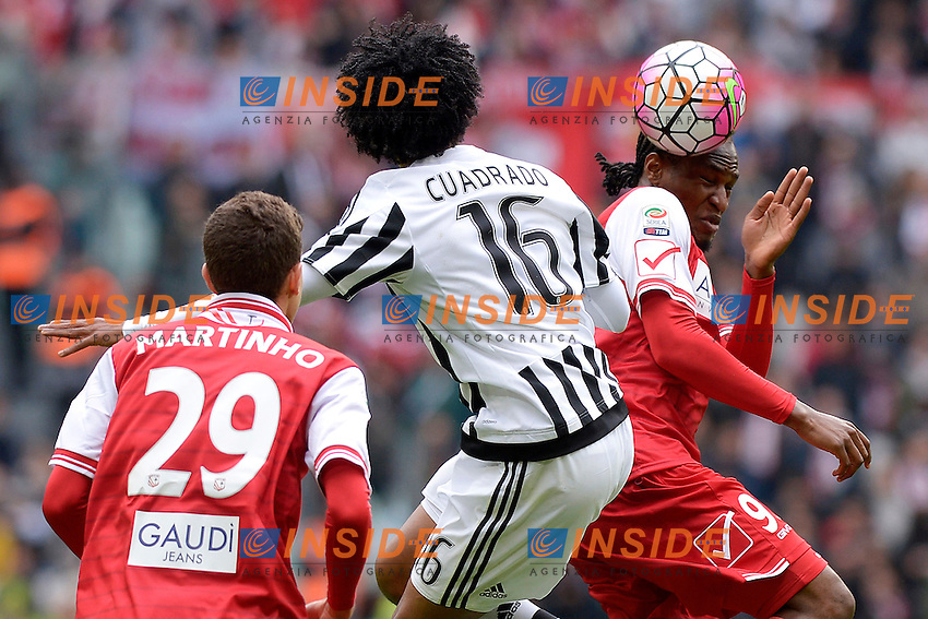 Juan Cuadrado Juventus, Jerry Mbakogu Carpi <br /> Torino 01-05-2016 Juventus Stadium Football Calcio Serie A 2015/2016 Juventus - Carpi. Foto Filippo Alfero / Insidefoto