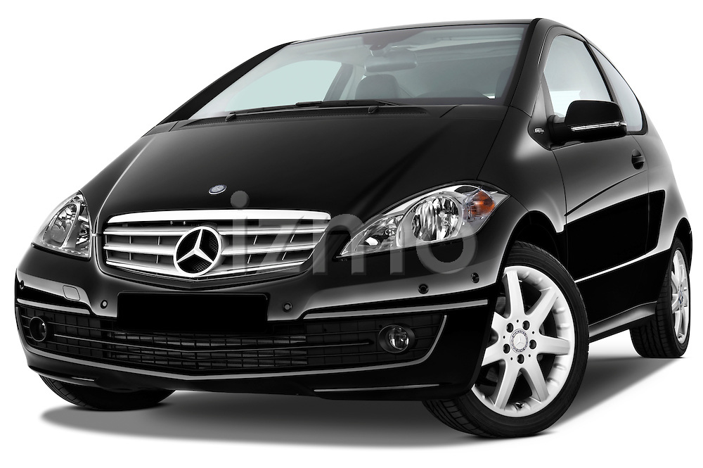 Low aggressive front three quarter view of a 2009 Mercedes A Class Blue Efficiency 3 Door Mini MPV.