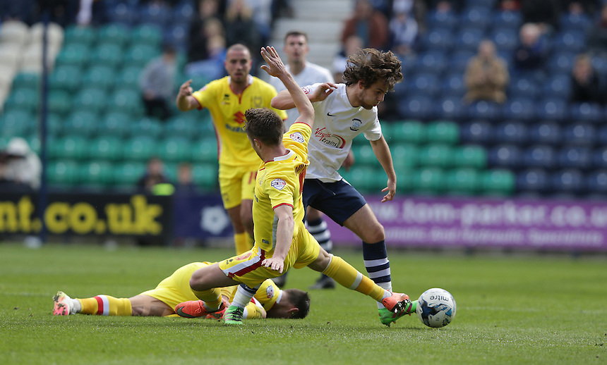 Preston North End's Ben Pearson and Milton Keynes Dons' Dean Bowditch<br /> <br /> Photographer Stephen white/CameraSport<br /> <br /> Football - The Football League Sky Bet Championship - Preston North End v Milton Keynes Dons - Saturday 16th April 2016 - Deepdale - Preston<br /> <br /> &copy; CameraSport - 43 Linden Ave. Countesthorpe. Leicester. England. LE8 5PG - Tel: +44 (0) 116 277 4147 - admin@camerasport.com - www.camerasport.com