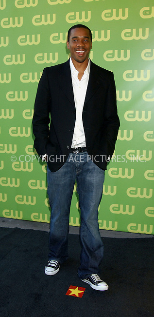 WWW.ACEPIXS.COM . . . . .....NEW YORK, MAY 18, 2006....Duane Martin at the CW Upfront Red Carpet.....Please byline: KRISTIN CALLAHAN - ACEPIXS.COM.. . . . . . ..Ace Pictures, Inc:  ..(212) 243-8787 or (646) 679 0430..e-mail: picturedesk@acepixs.com..web: http://www.acepixs.com
