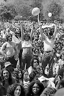WAR IS OVER CONCERT 1975