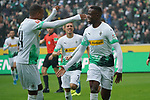 06.10.2019, Borussia Park , Moenchengladbach, GER, 1. FBL,  Borussia Moenchengladbach vs. FC Augsburg,<br />  <br /> DFL regulations prohibit any use of photographs as image sequences and/or quasi-video<br /> <br /> im Bild / picture shows: <br /> 1:0 fuer Gladbach durch Denis Zakaria (Gladbach #8), Torjubel / Jubel / Jubellauf,    <br /> <br /> Foto © nordphoto / Meuter
