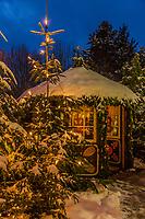 Europe/Allemagne/Bade-Würrtemberg/Forêt Noire/Baiersbronn/Gärtenbühlweg: Hôtel: Bareiss, Pavillon et décorations de Noêl dans le parc