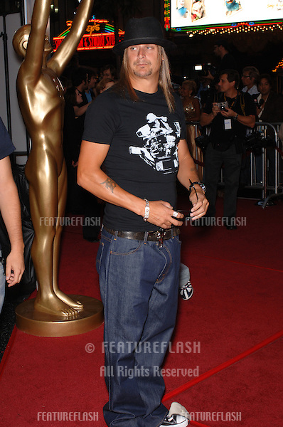 KID ROCK at the 2005 World Music Awards at the Kodak Theatre, Hollywood, CA..August 31, 2005  Los Angeles, CA..© 2005 Paul Smith / Featureflash