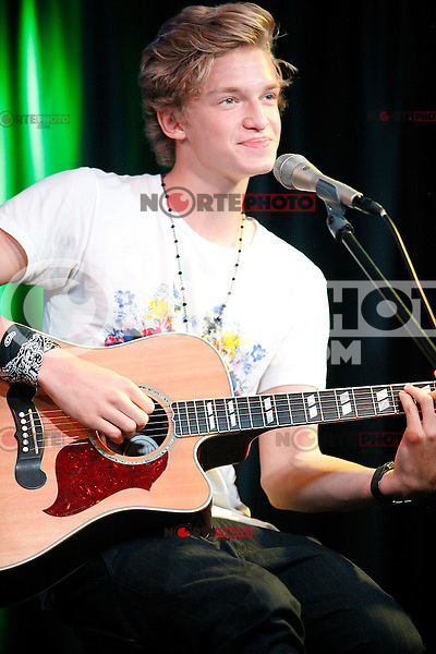 Cody Simpson visits Q102's iHeart Radio Performance Theater in Bala Cynwyd, Pa on August 10, 2012  &copy; Star Shooter / MediaPunchInc /NortePhoto.com*<br /> <br /> **CREDITO*OBLIGATORIO** <br /> *No*Venta*A*Terceros*<br /> *No*Sale*So*third*<br /> *** No Se Permite Hacer Archivo**