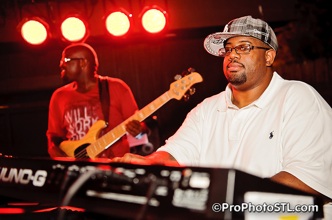 Nikko Smith with band berforming at Harry's Bar in downtown St. Louis, MO on June 4, 2011.