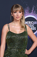 LOS ANGELES - NOV 24:  Taylor Swift at the 47th American Music Awards - Arrivals at Microsoft Theater on November 24, 2019 in Los Angeles, CA