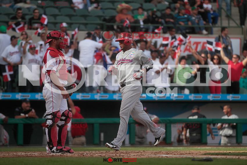 Luis Jimenez(PuertoRico) durante  la Serie del Caribe 2013  de Beisbol,  Puerto Rico  vs Republica Dominicana ,  en el estadio Sonora el 2 de febrero de 2013...© (foto:BaldemarDeLosLlanos/NortePhoto)........during the 2013 Caribbean Series Baseball, Puerto Rico vs Dominican Republic in Sonora Stadium on February 2, 2013 ...© (photo: Baldemar of Llanos / NortePhoto)...http://mlb.mlb.com/mlb/events/winterleagues/league.jsp?league=cse