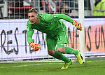 14.02.2020,  GER; 2. FBL, FC St. Pauli vs Dynamo Dresden ,DFL REGULATIONS PROHIBIT ANY USE OF PHOTOGRAPHS AS IMAGE SEQUENCES AND/OR QUASI-VIDEO, im Bild Einzelaktion Querformat Torhueter Kevin Broll (Dresden #01 Foto © nordphoto / Witke