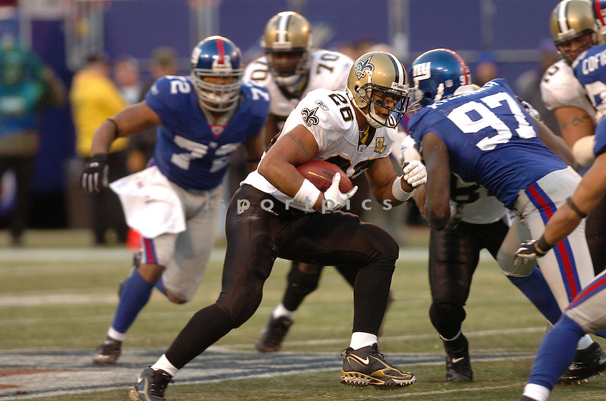 DEUCE MCALLISTER, of the New Orleans Saints during their game against the New York Giants on December 24, 2006 in NJ...Saints win 30-7..Tomasso DeRosa / SportPics