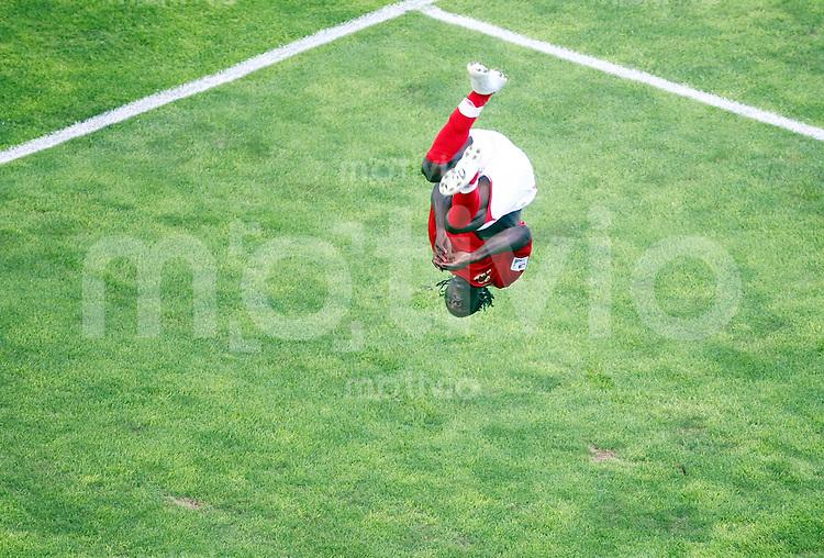 12. FIFA U17 Weltmeisterschaft in Korea Neuseeland - England Newzealand vs. England Victor MOSES (ENG) macht einen Salto nach seinem Tor zum 3:0.