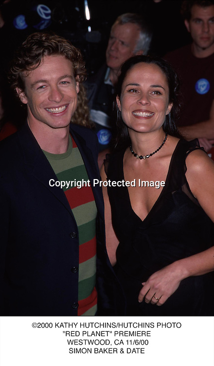 """©2000 KATHY HUTCHINS/HUTCHINS PHOTO.""""RED PLANET"""" PREMIERE. WESTWOOD, CA 11/6/00.SIMON BAKER & DATE"""