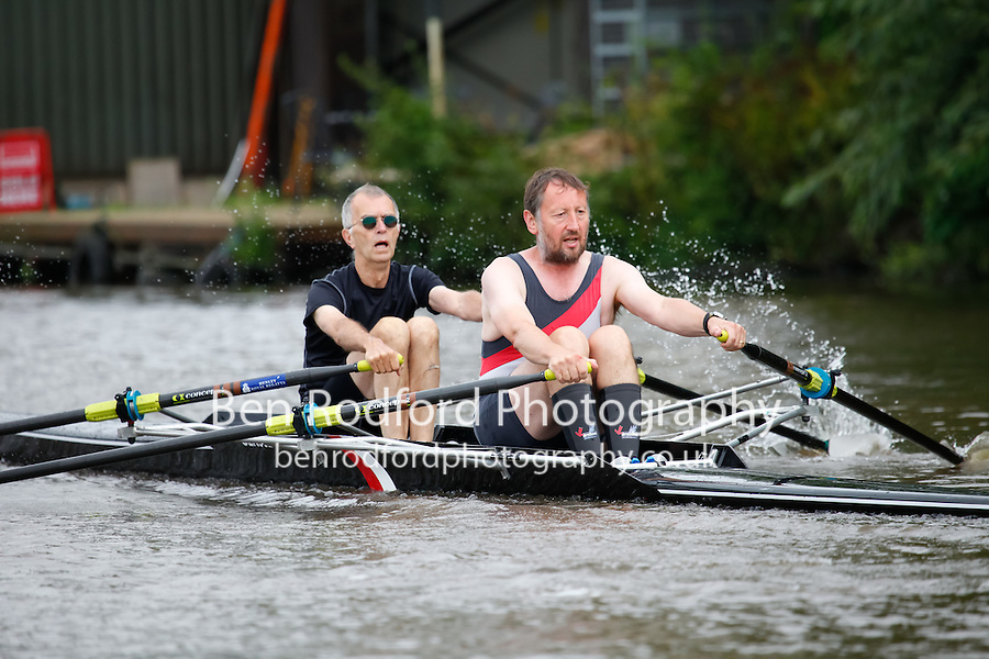 NOV.2x  Semi  (224) Gloucester RC (Wichelo) vs (226) Gloucester RC (Stone)<br /> <br /> Sunday - Gloucester Regatta 2016<br /> <br /> To purchase this photo, or to see pricing information for Prints and Downloads, click the blue 'Add to Cart' button at the top-right of the page.