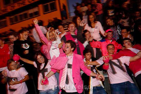 people wearing pink, Cottonwood high school football