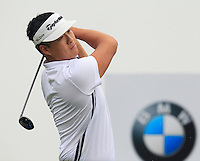 Duan Chen Xiao (CHN) tees off the 2nd tee during Thursday's Round 1 of the 2014 BMW Masters held at Lake Malaren, Shanghai, China 30th October 2014.<br /> Picture: Eoin Clarke www.golffile.ie