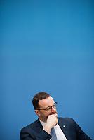 Bundesgesundheitsminister Jens Spahn (CDU), (im Bild) und Bundesforschungsministerin Anja Karliczek (CDU) stellten am Dienstag den 29. Januar 2019 in Berlin die &quot;Nationale Dekade gegen Krebs&quot; vor. Ziel sei, &quot;Krebserkrankungen moeglichst verhindern, Heilungschancen durch neue Therapien verbessern, Lebenszeit und -qualitaet von Betroffenen erhoehen&quot;.<br /> 29.1.2019, Berlin<br /> Copyright: Christian-Ditsch.de<br /> [Inhaltsveraendernde Manipulation des Fotos nur nach ausdruecklicher Genehmigung des Fotografen. Vereinbarungen ueber Abtretung von Persoenlichkeitsrechten/Model Release der abgebildeten Person/Personen liegen nicht vor. NO MODEL RELEASE! Nur fuer Redaktionelle Zwecke. Don't publish without copyright Christian-Ditsch.de, Veroeffentlichung nur mit Fotografennennung, sowie gegen Honorar, MwSt. und Beleg. Konto: I N G - D i B a, IBAN DE58500105175400192269, BIC INGDDEFFXXX, Kontakt: post@christian-ditsch.de<br /> Bei der Bearbeitung der Dateiinformationen darf die Urheberkennzeichnung in den EXIF- und  IPTC-Daten nicht entfernt werden, diese sind in digitalen Medien nach &sect;95c UrhG rechtlich geschuetzt. Der Urhebervermerk wird gemaess &sect;13 UrhG verlangt.]