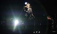 CIUDAD DE MEXICO, D.F. 21 Noviembre.-  Muse durante el festival Corona Capital 2015 en el Autodromo Hermanos Rodríguez de la Ciudad de México, el 21 de noviembre de 2015.  FOTO: ALEJANDRO MELENDEZ