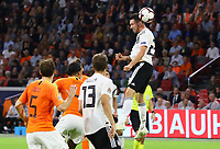 Kopfball Mark Uth (Deutschland Germany) - 13.10.2018: Niederlande vs. Deutschland, 3. Spieltag UEFA Nations League, Johann Cruijff Arena Amsterdam, DISCLAIMER: DFB regulations prohibit any use of photographs as image sequences and/or quasi-video.