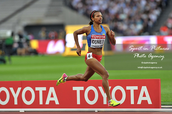 Muriel Coneo (COL) in the womens 1500m heats. IAAF World athletics championships. London Olympic stadium. Queen Elizabeth Olympic park. Stratford. London. UK. 04/08/2017. ~ MANDATORY CREDIT Garry Bowden/SIPPA - NO UNAUTHORISED USE - +44 7837 394578
